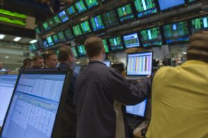 Wall-Street-Stock-Brokers-Trading